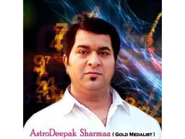 Famous and best Astrologer and Numerologist in New Delhi - Deepak Sharma